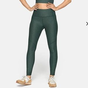 Outdoor Voices Hunter Green Warmup Leggings Small